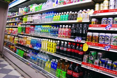 飲み物の棚
